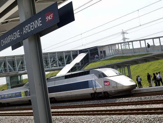 Τρένο άνετο, γρήγορο και φθηνό