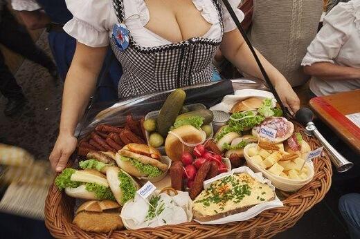 Ταξίδι με αφορμή σε μεθυστικούς προορισμούς -Oktoberfest Munich