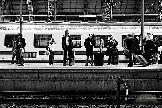 Δες που είναι το τρένο