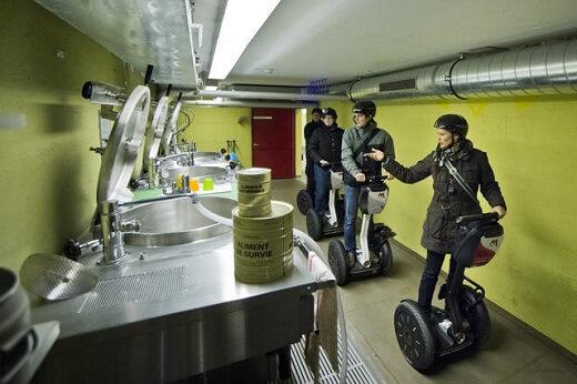 Surviving Underground στο μεγαλύτερο πυρηνικό καταφύγιο του κόσμου, στην Λουκέρνη